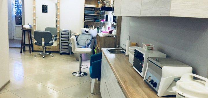 Стрижка, укладка, SPA-уход, накрутка локонов и маникюр в салоне красоты «Akcentt_»