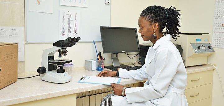 До 3 сеансов плазмолифтинга волосистой части головы в международной клинике «IMP clinic»
