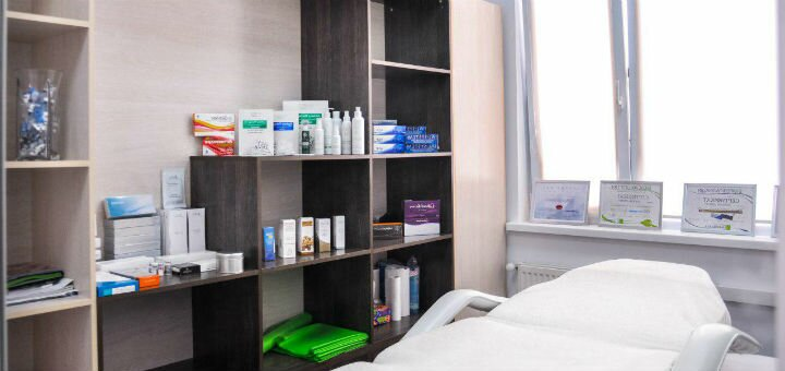 Скидка 44% на инвазивную биоревитализацию гиалуроном в салоне красоты «Фифа»