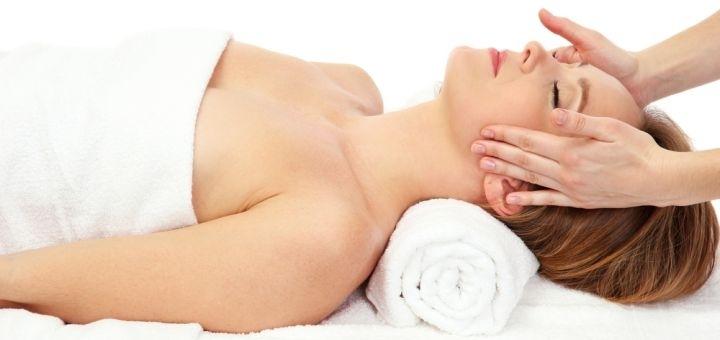 Комплексные уходы по омоложению и восстановлению кожи лица, декольте в «Perfect Cosmetology»