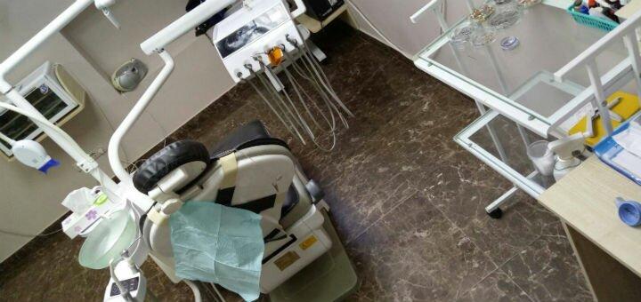 Лечение кариеса с установкой до 4 фотополимерных пломб в кабинете доктора Бондарук