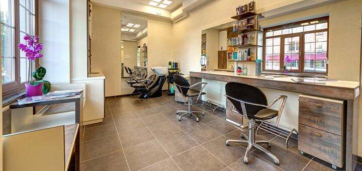 До 5 сеансов карбокситерапии лица в салоне красоты «Dali Deluxe»