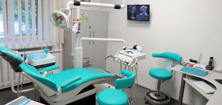 Скидка до 68% на чистку и отбеливание зубов в стоматологической клинике «ЛеМед-Дент»