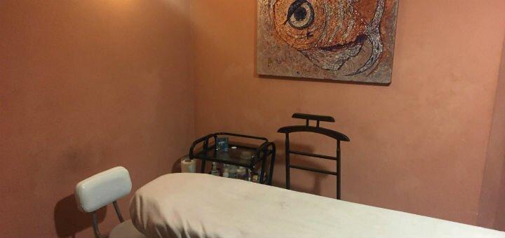 До 7 сеансов массажа спины, шейно-воротниковой зоны или ног в студии красоты «Империя эгоисток»