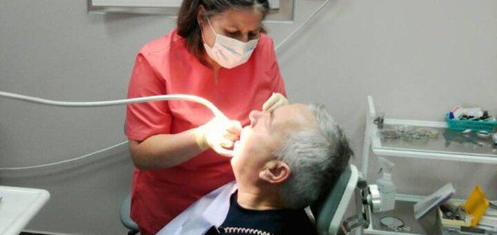 Скидка до 49% на установку керамических виниров в стоматологическом кабинете Доктора Бондарука