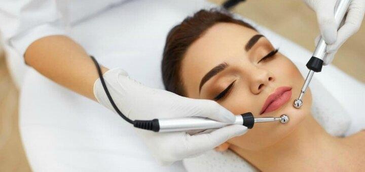 До 5 сеансов микротоковой терапии с массажем лица и шеи в студии красоты «Империя эгоисток»