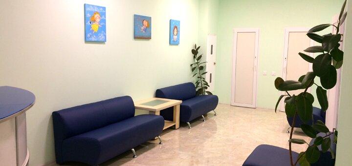 Лечение кариеса с установкой фотополимерной пломбы в стоматологии «DentOst»