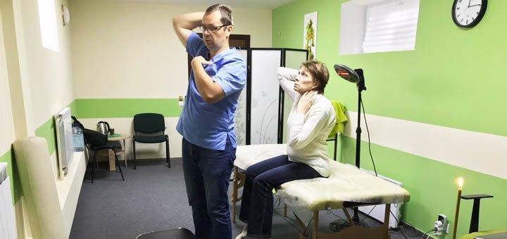 До 3 сеансов терапии с использованием мягких мануальных техник в студии «ОСТЕО»