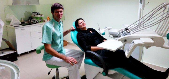 Скидка до 35% на установку зубных имплантов «MegaGen» в стоматологической клинике «Реко Дент»