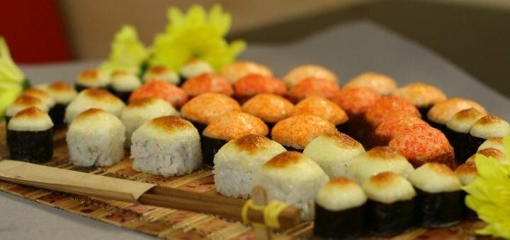 Скидка 55% на килограммовый сет «Запеченный» от магазина-ресторана японской кухни «Суши WOK»