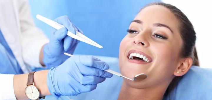 Скидка до 55% на отбеливание зубов «Philips Zoom», «Opalescence» или «MagicSmile»