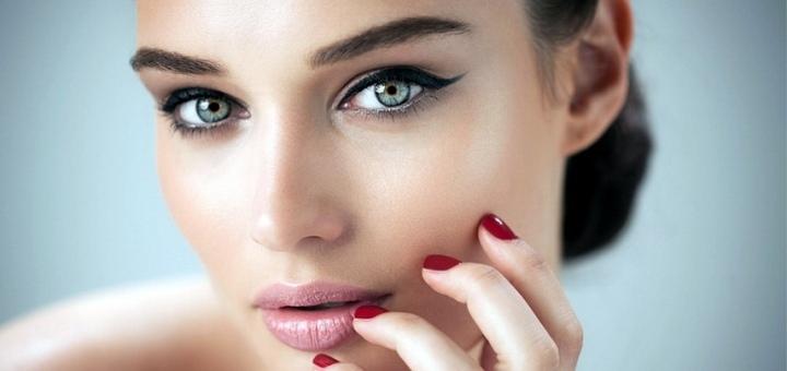 Перманентный макияж бровей или губ в студии красоты «Beauty Room»