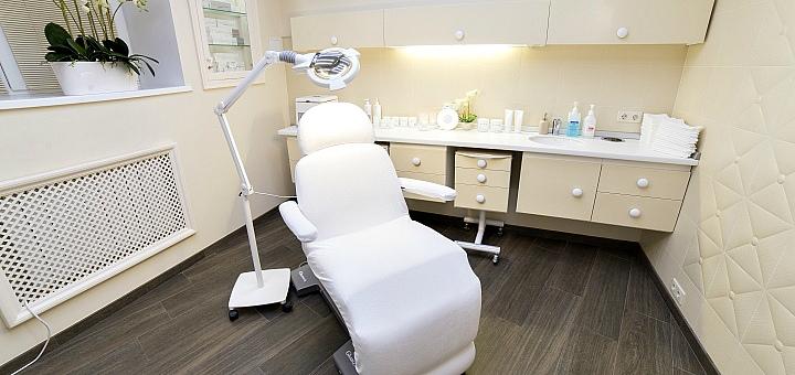 Лечение рубцов и растяжек в клинике «Dr. Zapolska Clinic»