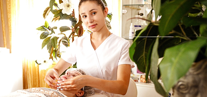 Королевский SPA-уход за кожей лица в салоне красоты «Royal spa Relax»
