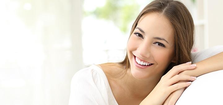 Ультразвуковая чистка зубов с Air-Flow в стоматологической клинике «Аби Дент»