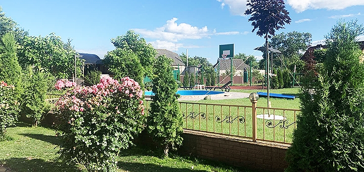 До 6 часов посещения русской бани с бильярдом для компании в банном комплексе «Вишенки»