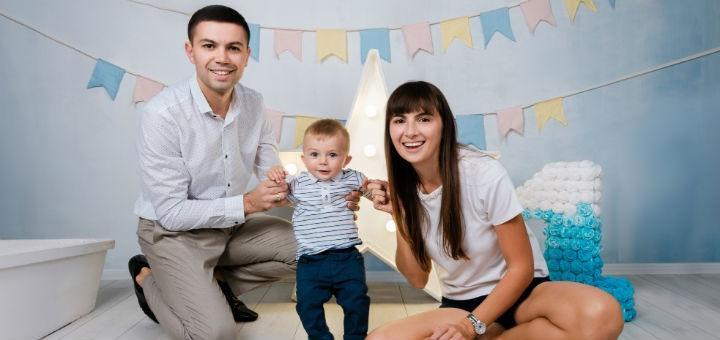 Семейная фотосессия в студии от профессионального фотографа Светланы Цупиковой