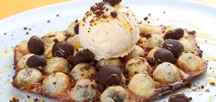Скидка 50% на все вафли, десерты и кофе в кофейне-кондитерской «Coffee&Waffles»