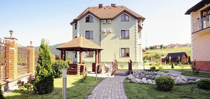 От 3 дней отдыха осенью и зимой в оздоровительном комплексе «Срібний Водограй» в Поляне
