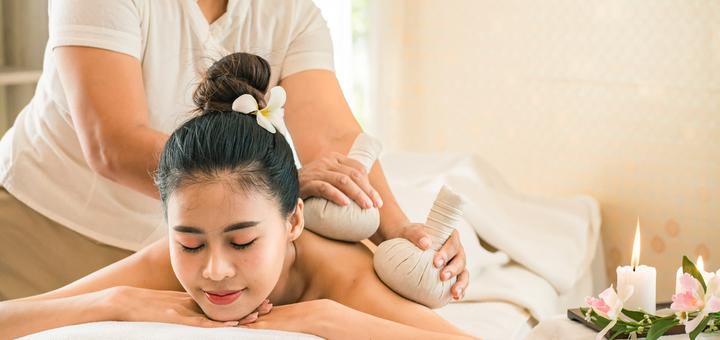 Традиционный тайский массаж в салоне эстетики тела и лица «SlimClub»