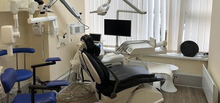 Скидка до 69% на установку металлокерамических коронок в стоматологическом центре «WhiteLab»