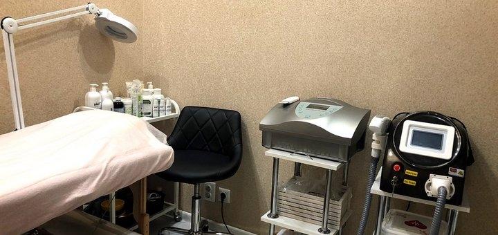 До 3 сеансов депигментного пилинга лица в салоне красоты «Perfect Cosmetology»