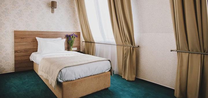 От 3 дней отдыха с завтраками в отеле «Алькор» в Трускавце