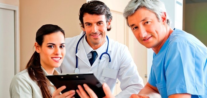 Базовое или комплексное обследование у уролога с анализами ПЦР в клинике «Брак и Семья»