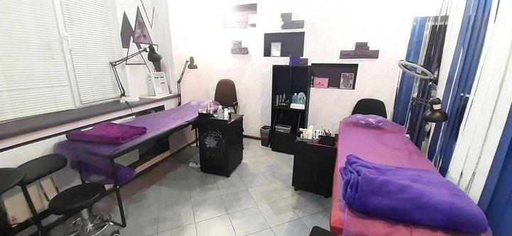 Моделирование, коррекция и окрашивание бровей в салоне красоты «Sweet Bar»
