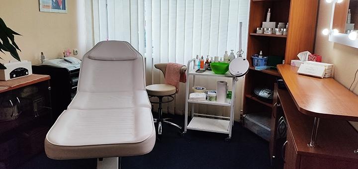 До 3 сеансов фракционной мезотерапии лица и кожи головы в косметологическом кабинете «Kosmo.VS»