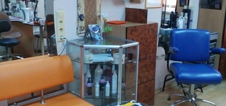 Разработка имиджа, стрижка, укладка, восстановление и окрашивание волос в кабинете «50/50»