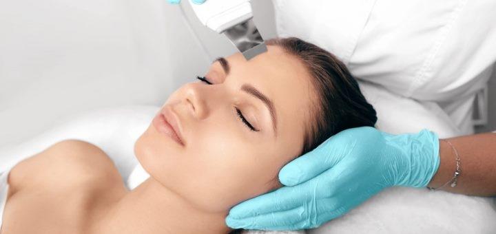 Ультразвуковая, механическая или комбинированная чистка лица в «Beauty-room by Dr. Ishchenko»