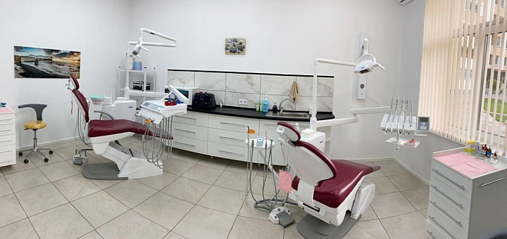 Ультразвуковая чистка зубов и Air-flow в стоматологии «TeethArt»