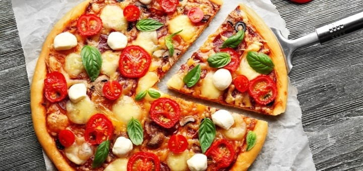 Скидка 50% на меню пиццы от сети пиццерий «Pizza House»