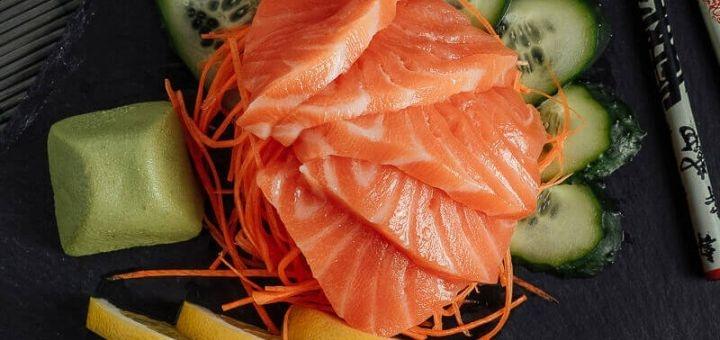 Скидка 50% на всё меню кухни от службы доставки «Sushi Profi»