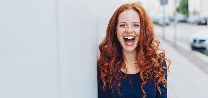 Скидка 50% на отбеливание зубов системой «Amazing wight» в стоматологии «Happy Dent»