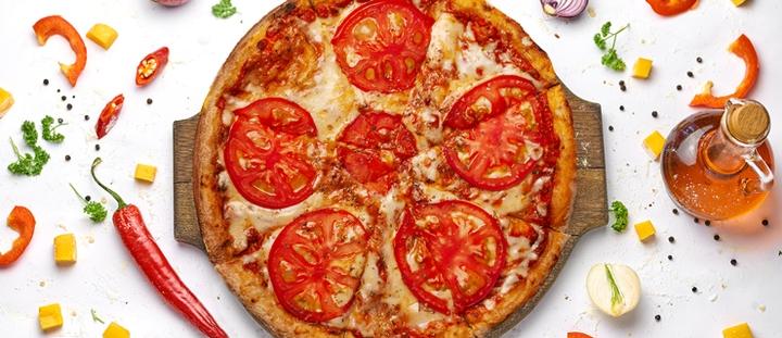 Скидка 50% на все меню роллов и пиццы с доставкой от службы доставки «Eatme»