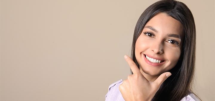 Лечение кариеса с установкой фотополимерной пломбы у стоматолога Виктории Корневой