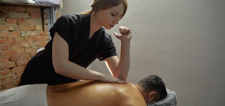 До 5 сеансов спортивного массажа в сети барбершопов «Mr.Colt»