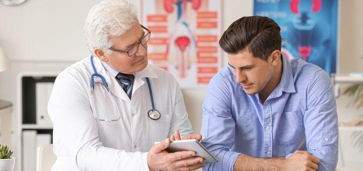 Обследование мужчин у уролога с УЗИ в медицинском центре «MedHouse»