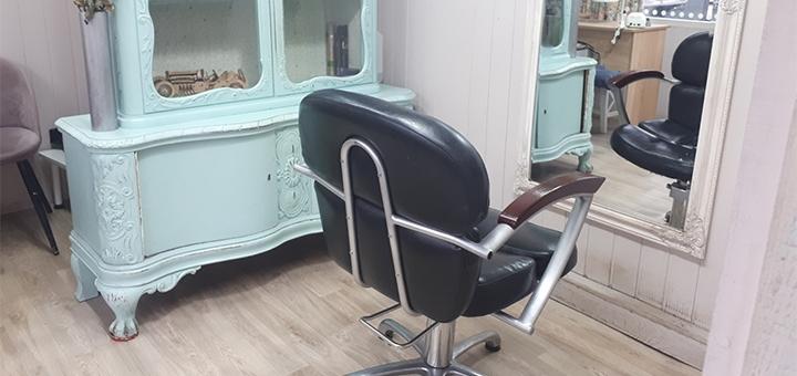 Женская или мужская стрижка в студии красоты «Nails and Hair»