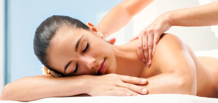 До 5 сеансов массажа спины и шейно-воротниковой зоны в салоне красоты «Nails&Tips»