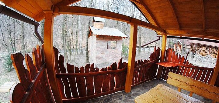 От 3 дней отдыха в загородном комплексе «Білочка» под Мукачево в Закарпатье