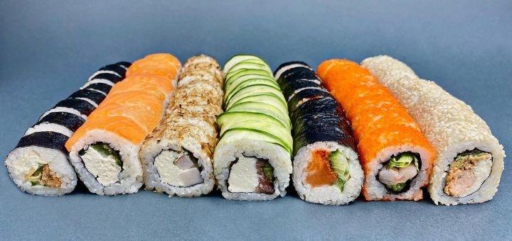Скидка 55% на сет «Изи сет» от службы доставки «Изи суши»