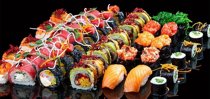 Скидка до 50% на меню кухни с доставкой или в ресторане «44 Favorite place»