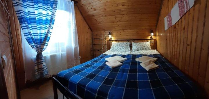 От 2 дней отдыха в марте и апреле в коттедже в отеле «Wood house» в Татарове