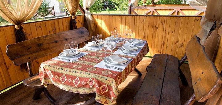 От 1 дня отдыха для двоих в домиках загородного комплекса «Krakow» под Киевом
